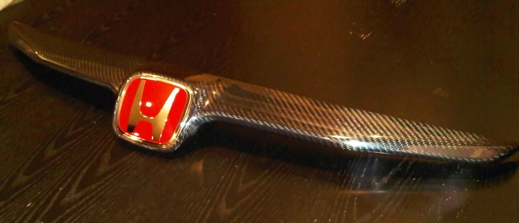09+ carbon front top gril5 1024x440 Kplayground 09+ Civic Sedan Carbon Fibre Front Top Grill!